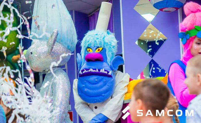Тролли на Новогодней ёлке ГК «SAMCOM»